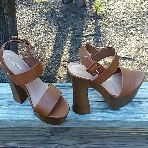 7ac0b53bdb4 BAMBOO Shoes - NWOB Bamboo ankle strap platform heels